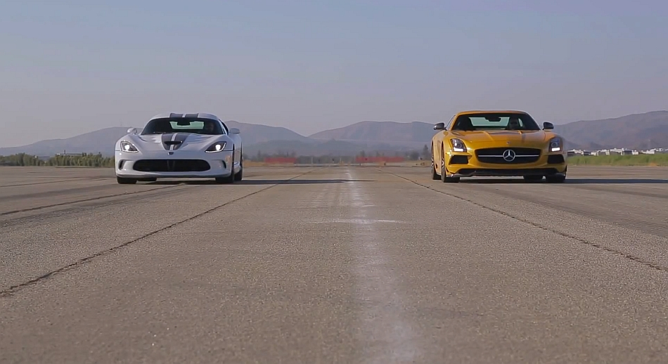 MotorTrend 2013 SRT Viper vs 2014 Mercedes-Benz SLS AMG Black Series