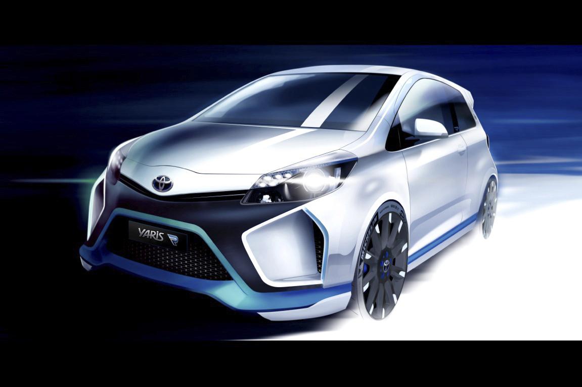 2013 Toyota Yaris Hybrid-R