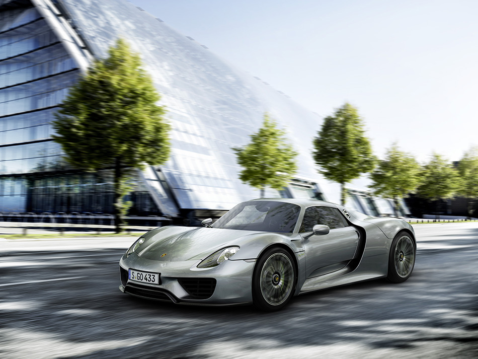 2015 Porsche 918 Spyder (12)