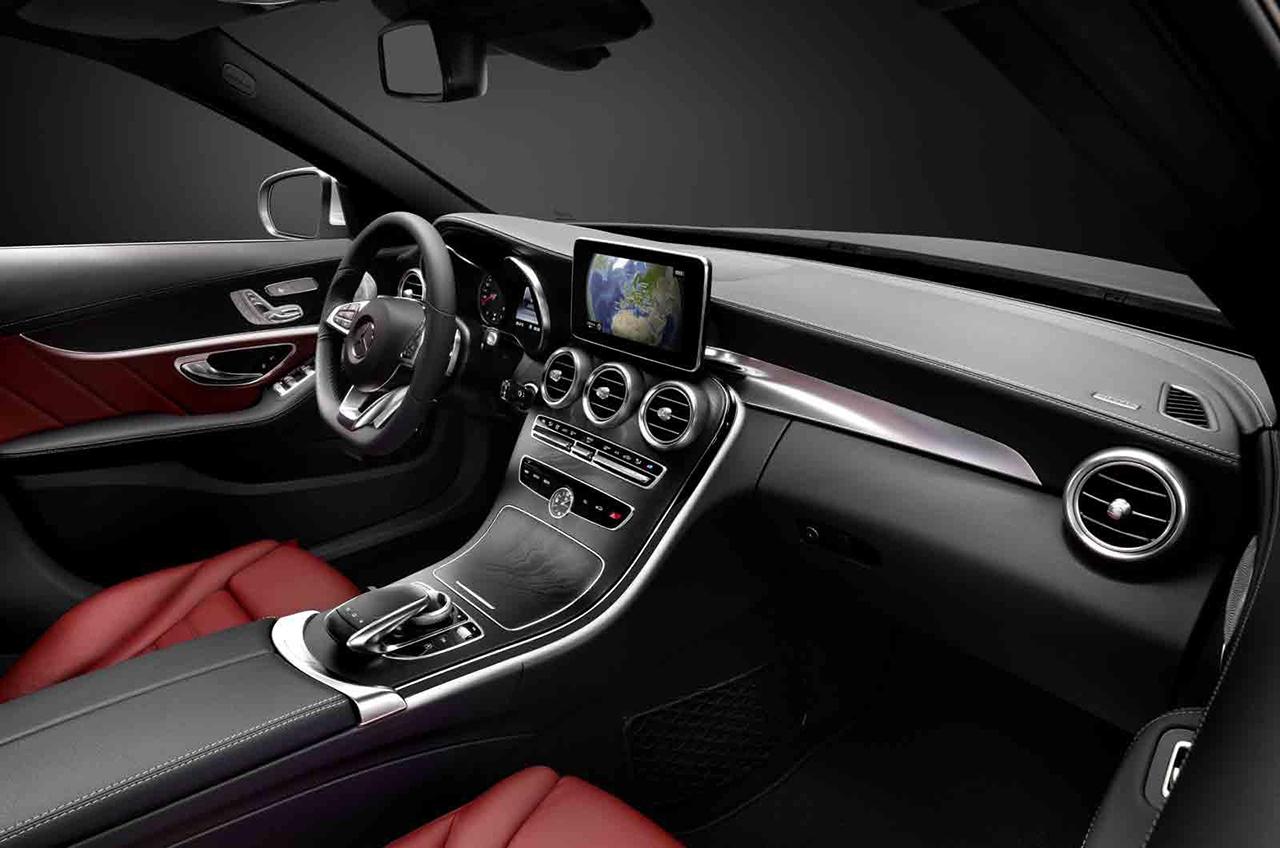 2015 Mercedes-Benz C-Class Interior Teaser (4)