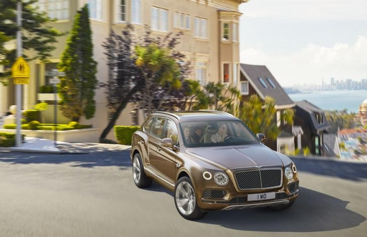 2017 Bentley Bentayga Official Photo Leak