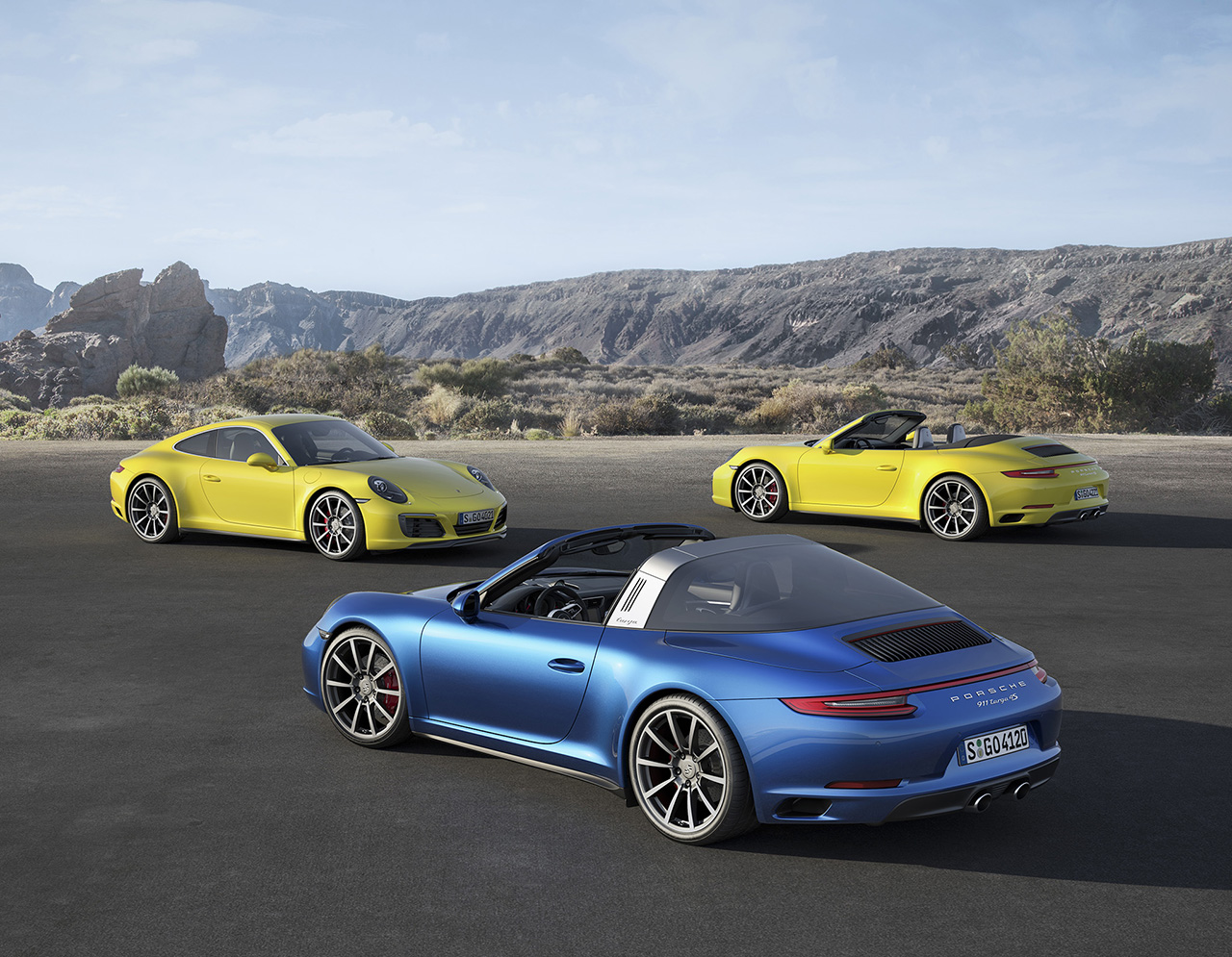 2017 Porsche 911 Carrera 4 and Targa
