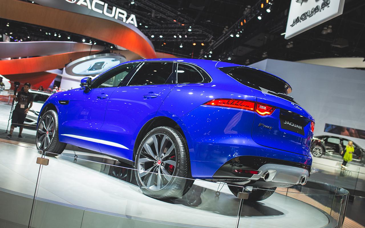 2015 LA - 2017 Jaguar F-Pace (5) - egmCarTech