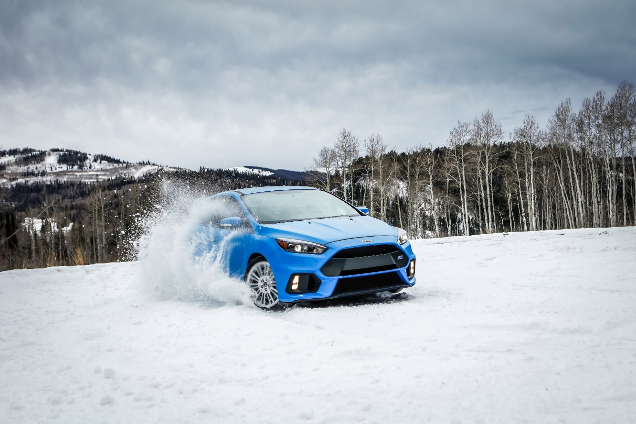 2016 Ford Focus RS Special Winter Tire Package