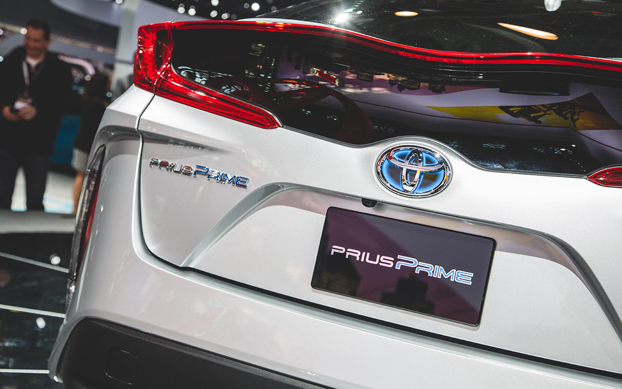 2016 New York - 2017 Toyota Prius Prime