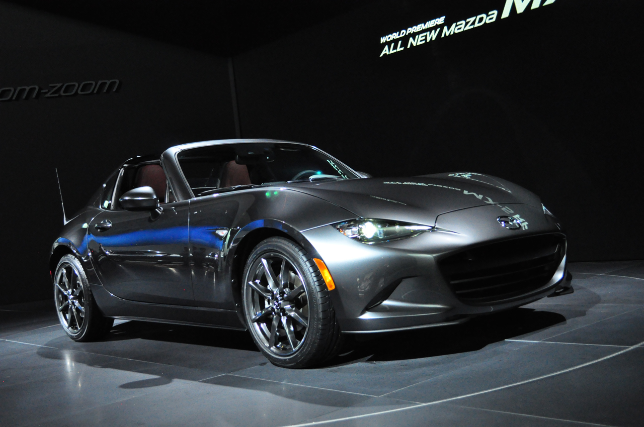 2016 New York - 2017 Mazda MX-5 RF